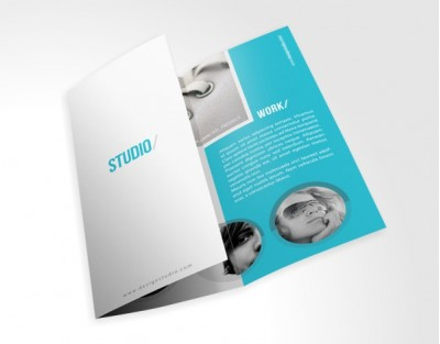 A4 Landscape Gloss Coated 08pp Booklets